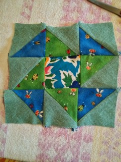 http://www.quilt-lovers-guide.com/perpetual-motion-quilt-block.html