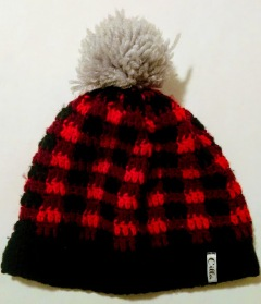 http://www.whistleandivy.com/2016/11/crochet-plaid-slouchy-hat.html